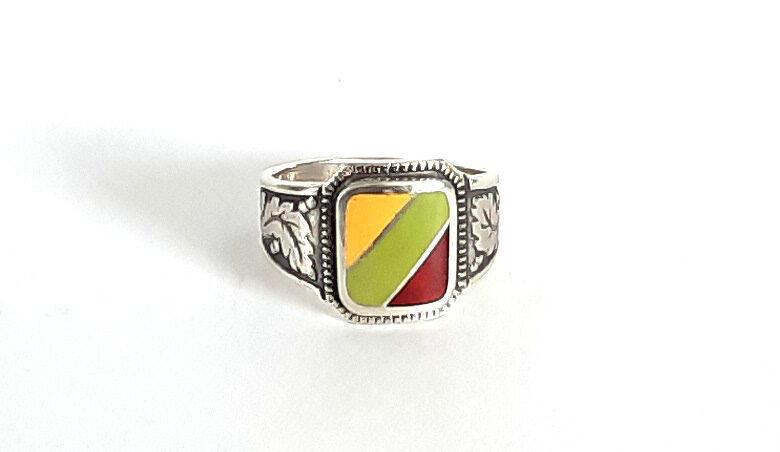 Sudraba gredzens ar Lietuvas karogu emaljā