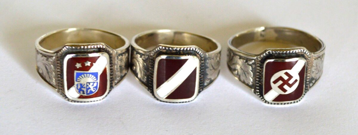 Sudraba gredzens ar Latvijas ģerboni emaljā